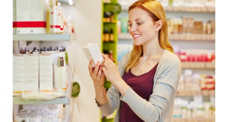 Things to remember before buying cosmetics products