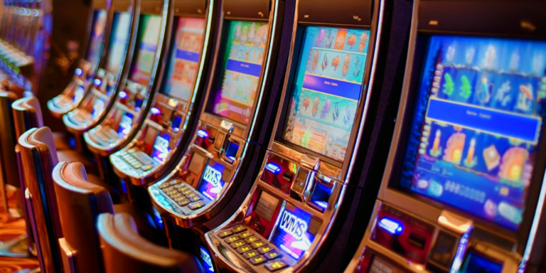 What are some of the advantages of online slots?
