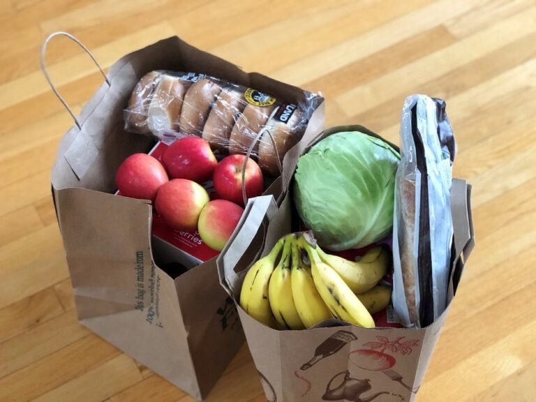 Benefits of Using Reusable Grocery Bags